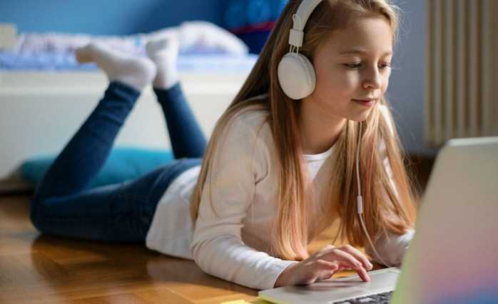 Why is Facebook ideal for kids e-learning